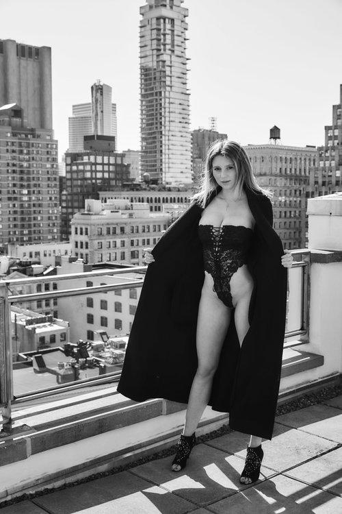 nackt Monde Justyna Celebs Nude