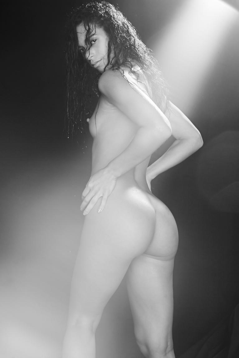 171020_VanessaVillegas_06_153.jpg