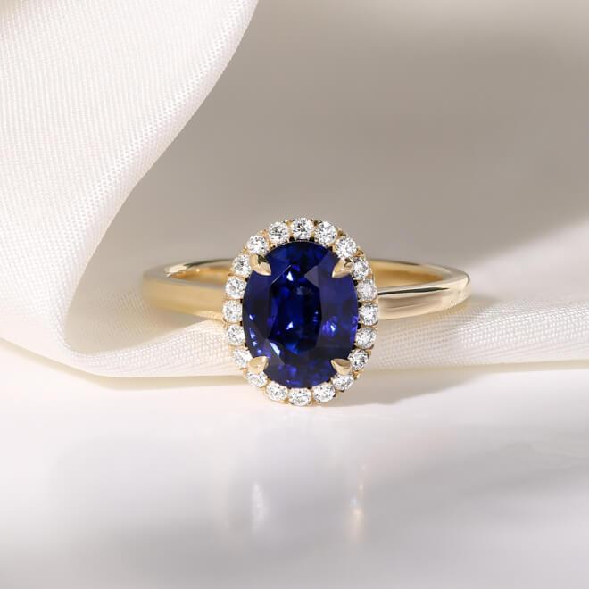 sapphire-engagement-rings-1 (1 of 1).jpg