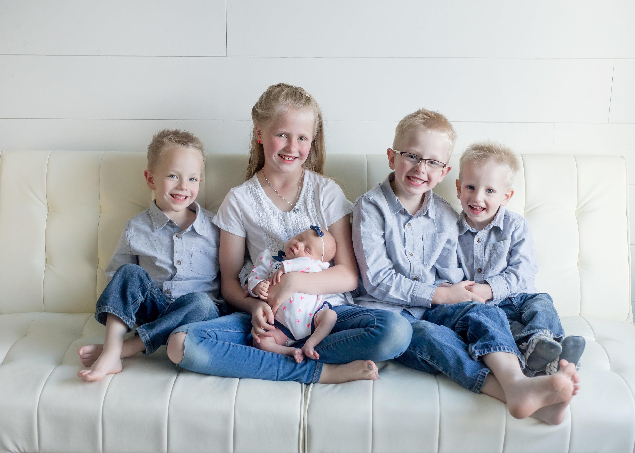 utah-county-newborn-baby-child-family-photography-photographer-studio(229of379).jpg