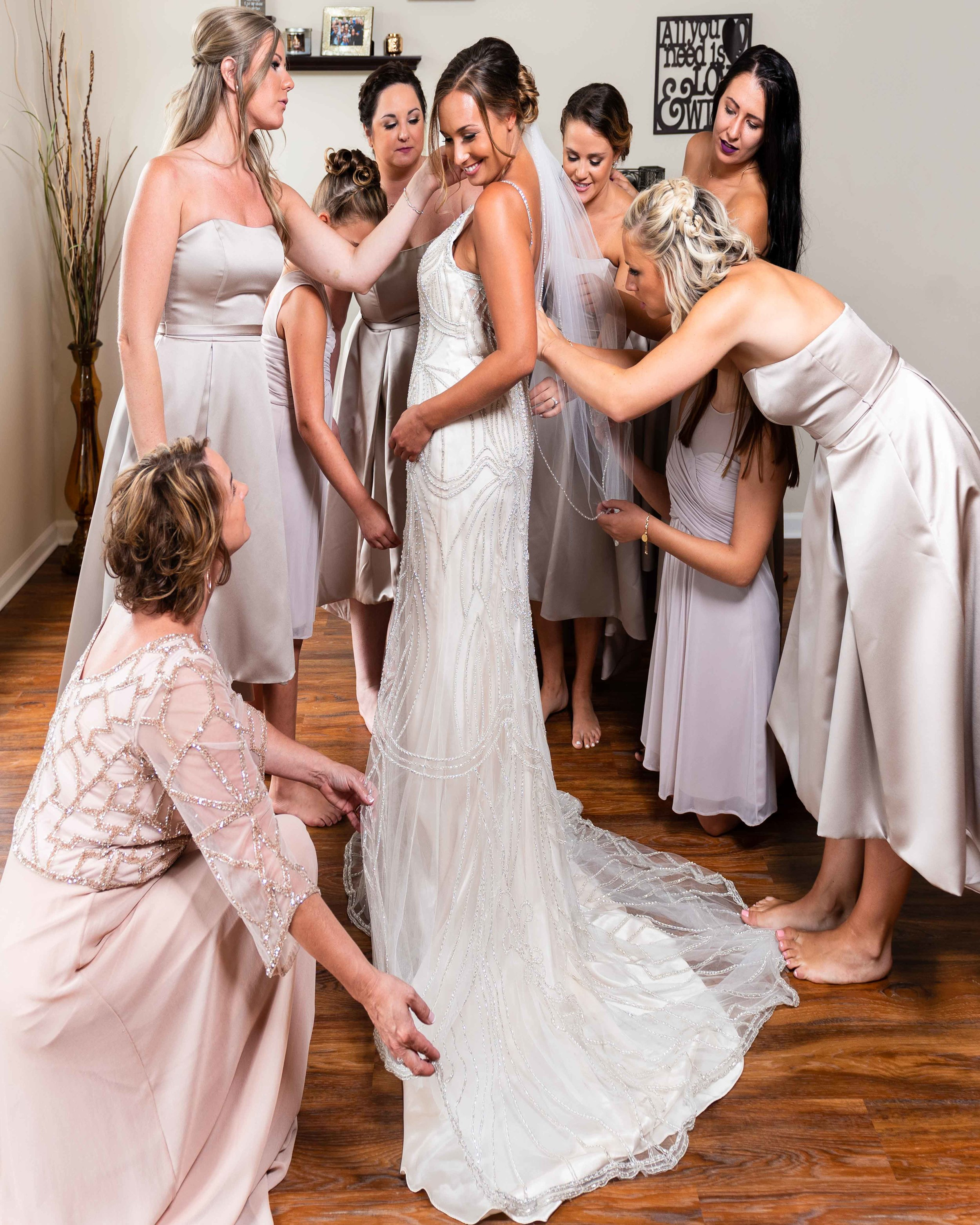 Bride-Getting-Ready-with-Bridesmaids-6.jpg