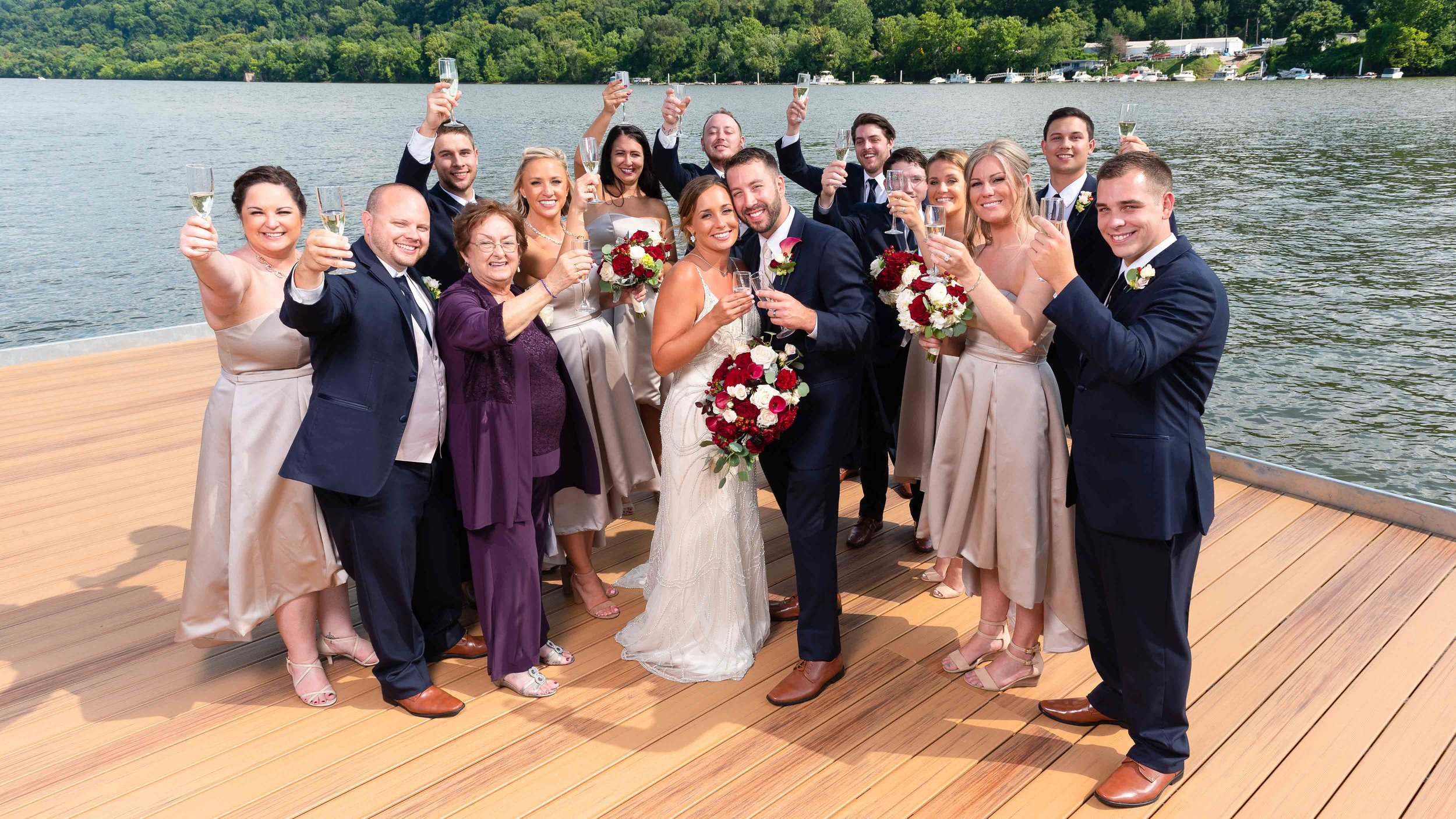 Bridal-Party-Portraits-by-River-Dock-8.jpg