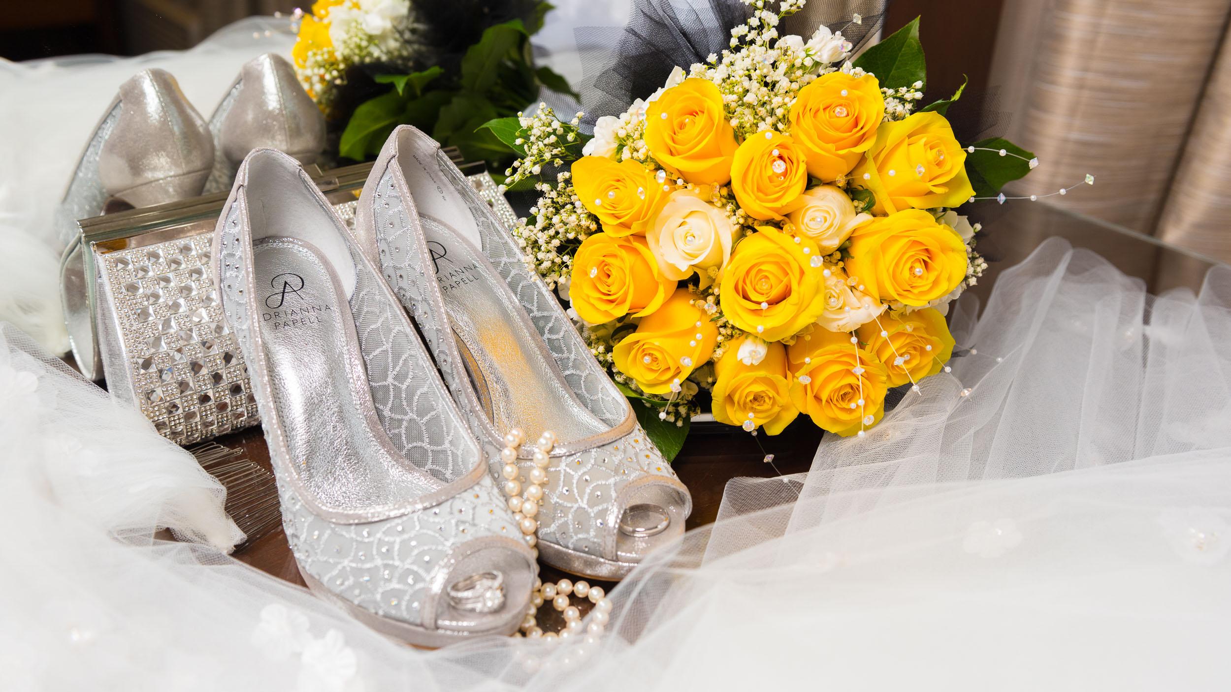 Bride-Shoes-veil-bouquet-2.jpg