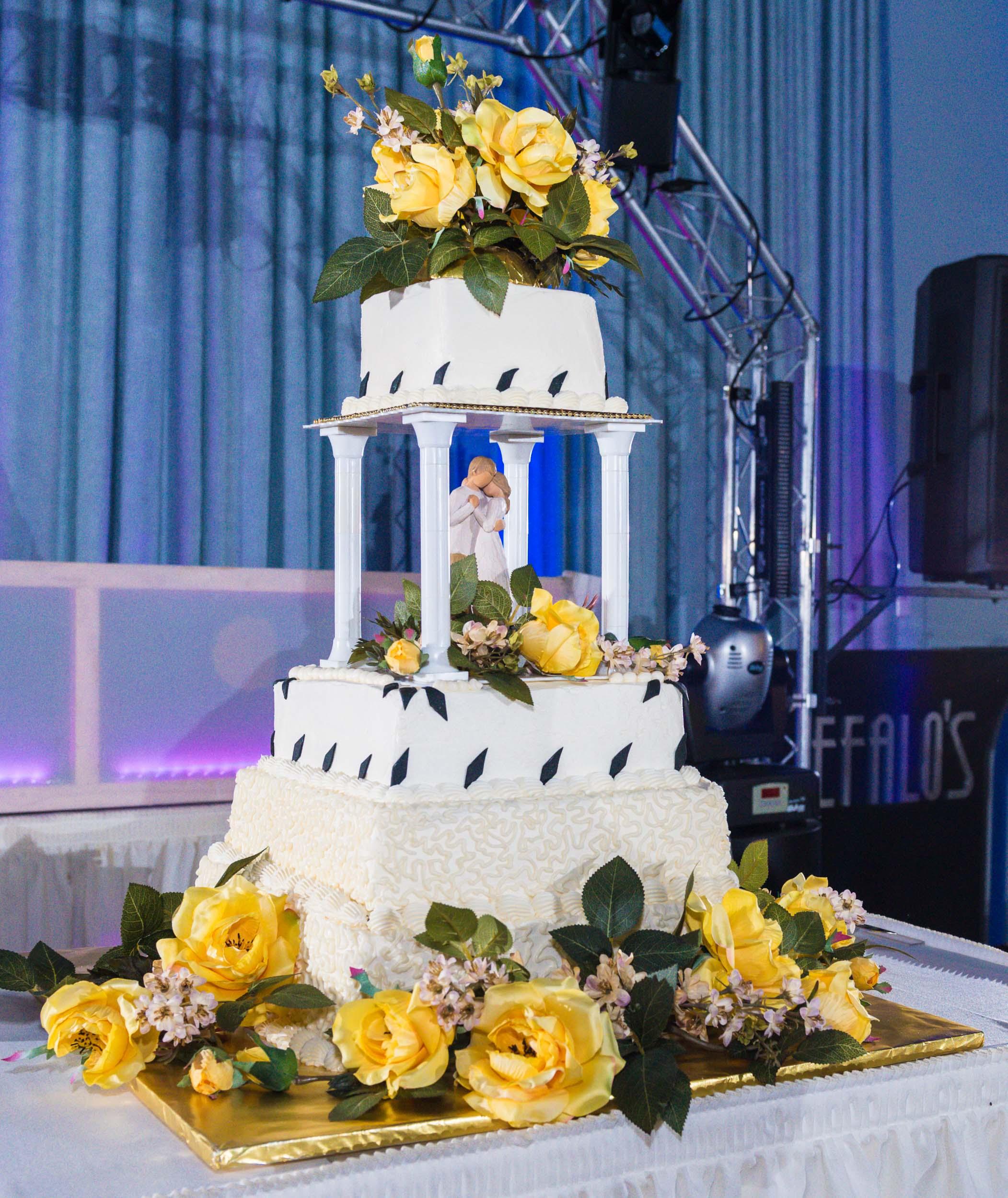 Wedding-Cake-Cefelos-Banquet-Event-Center-1.jpg