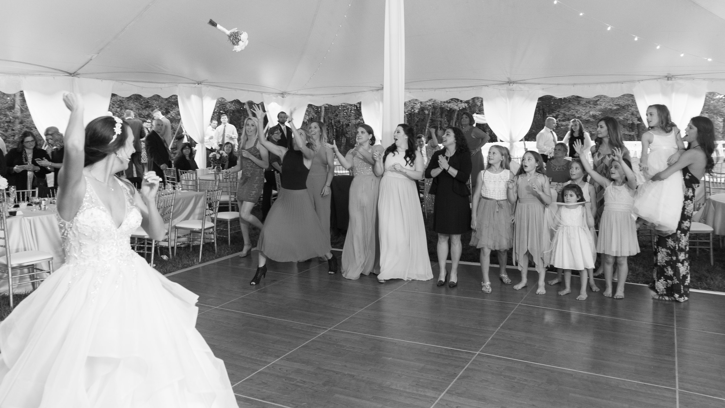 Wedding-reception-Bouquet-toss-2.jpg