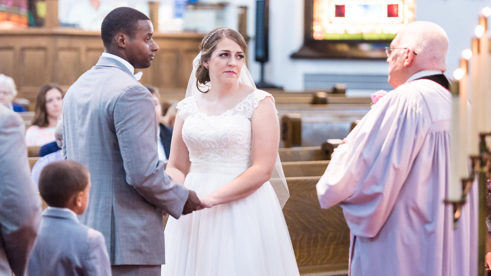 Bride_and_Groom_Wedding_Ceremony.jpg
