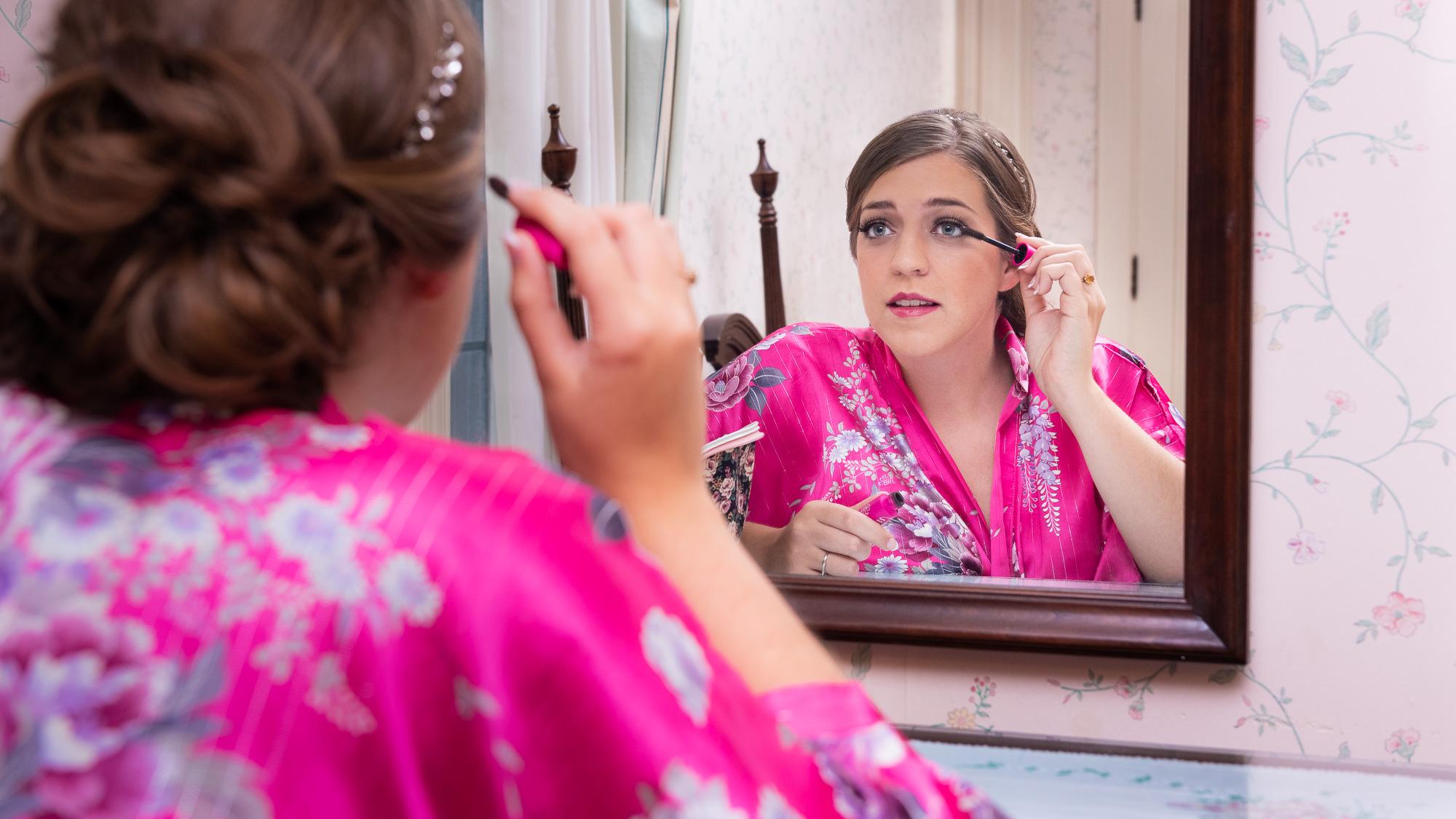 Bride_Getting_Ready_Mirror-2.jpg