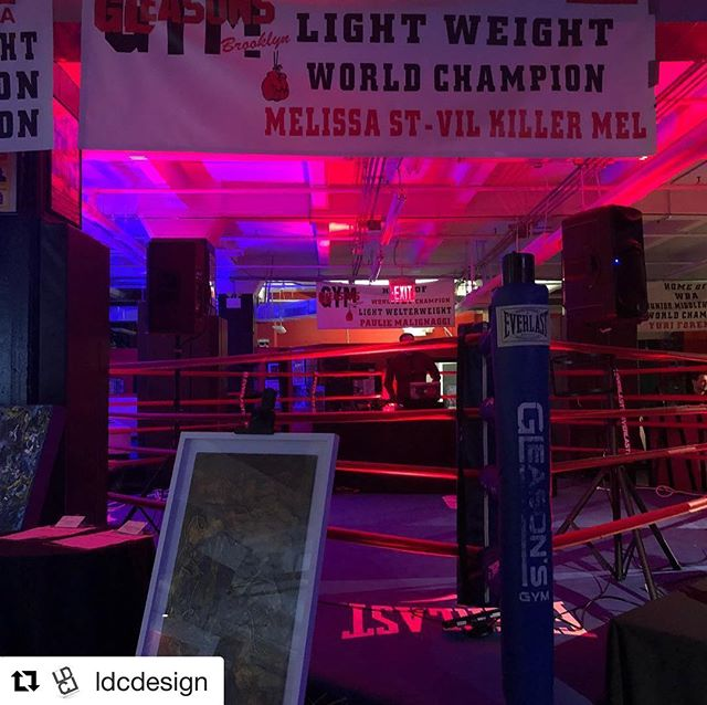 Honored to support @operationsmile and @ubuntupathways in the #lightingdesign for their #FightforGood charity auction @gleasonsgym with @ldcdesign and @lex924  Great job @theo.chiu_photography