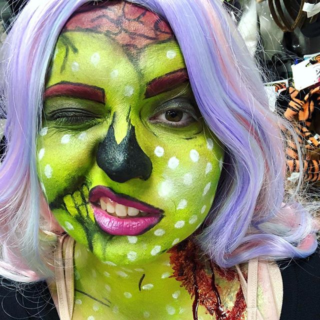 Hey nerds! Just dropping in to say THE ZOMBIES ARE COMING! Okay not zombies but AMAZING GIVE AWAYS! Yes please stay tuned for tomorrow at 4pm we'll be announcing our First give away! What products would you like to see in this give Away?! Drop those comments with your favorites! 👇🏻 . . . . . . . . #sfxmakeup #fxmakeup #gore #artist #mualife #promakeupartist #makeuppassion #makeupinspiration #makeupblog #makeupoftheday #facepaint #facepainting #eyeliner #spfx #instagood #book #horror #sfxgore #film #tv #actor #mua #fx #blood #sfx #instalike #zombie #Sfxfeatures