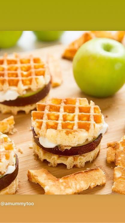 Apple Waffle Sandwich @amummytoo