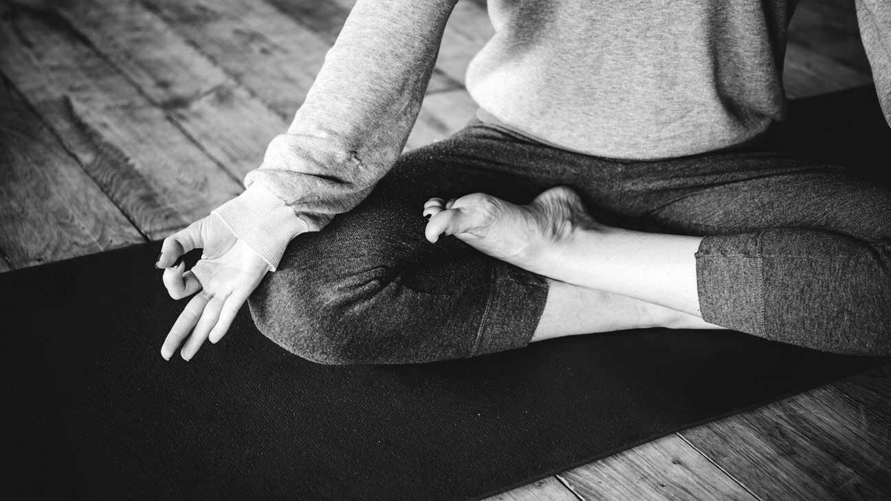 legs-crossed-on-yoga-mat.jpg