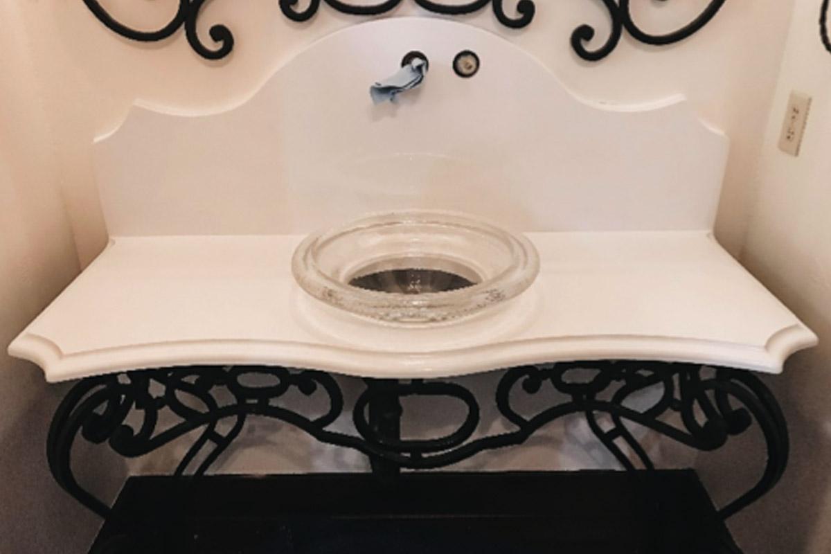 perfect-countertops-austin-texas-custom-countertops-powder-room-2.jpg