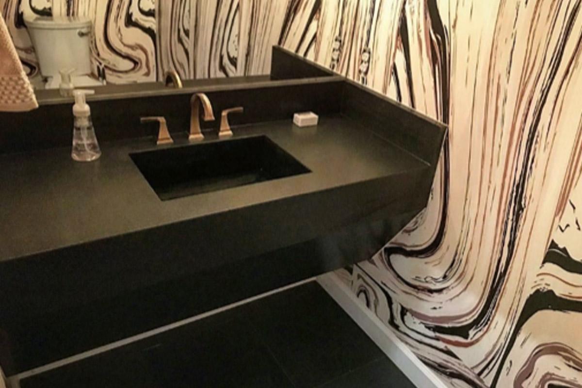 perfect-countertops-austin-texas-custom-countertops-powder-room-1.jpg