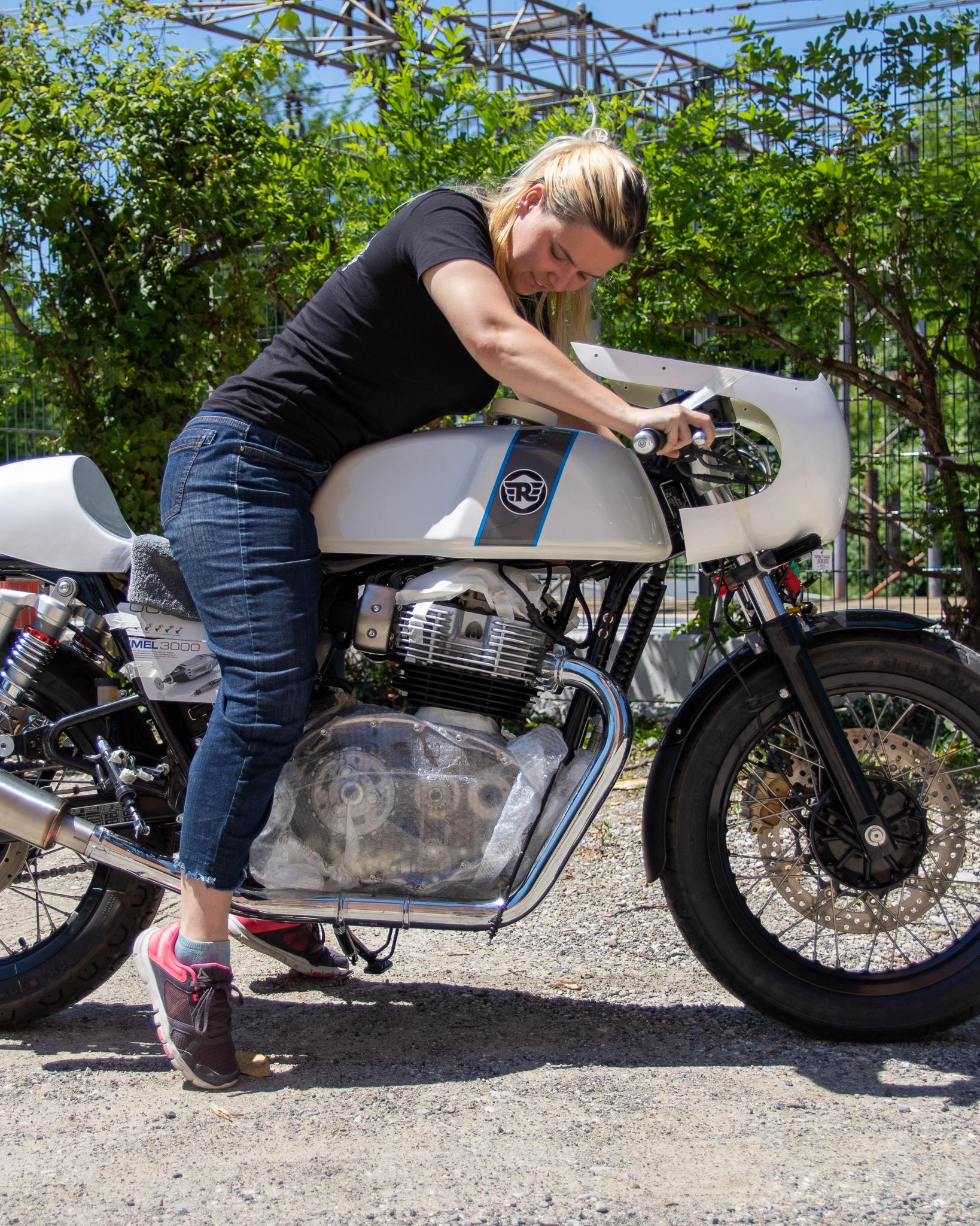 Royal Enfield Gungnir motorcycle