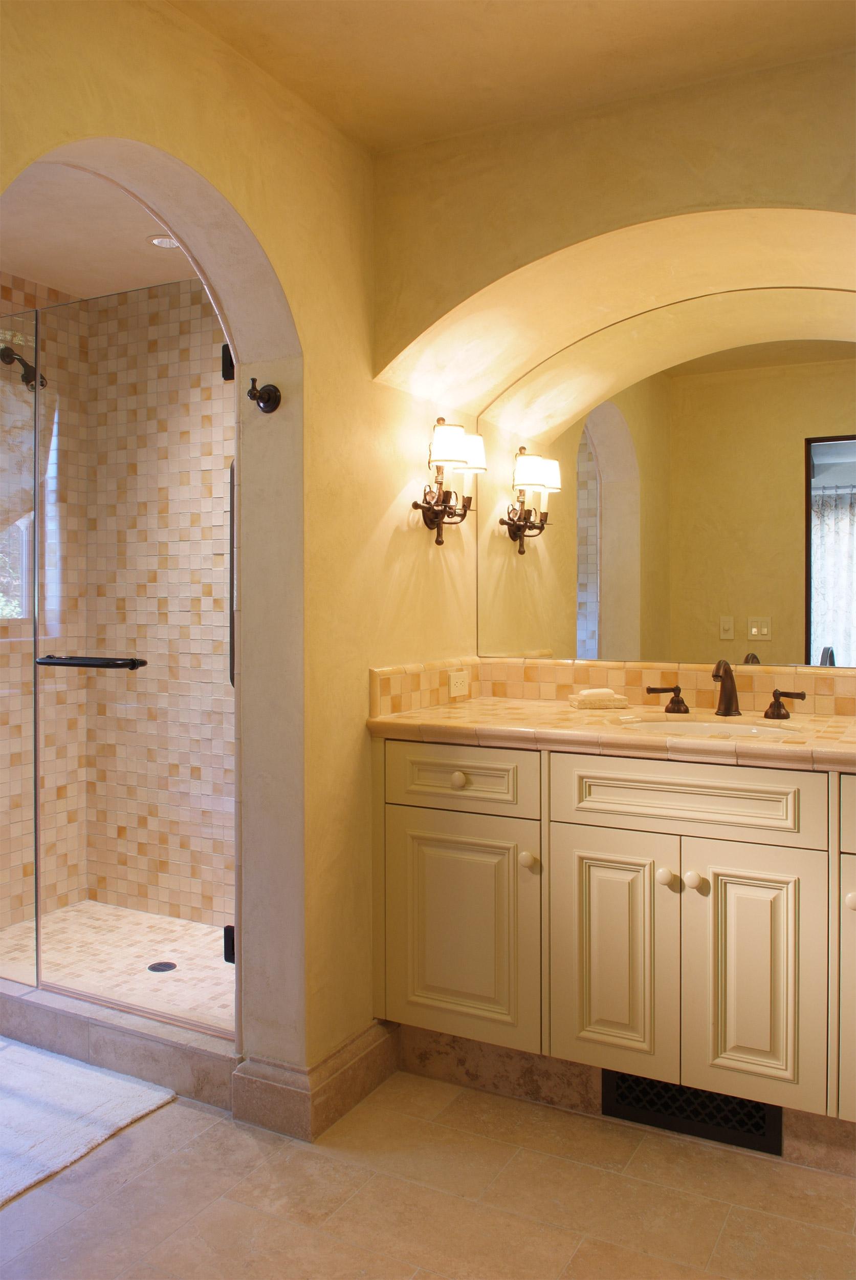 Napa_Valley_Italian_Villa_bathroom_01.jpg