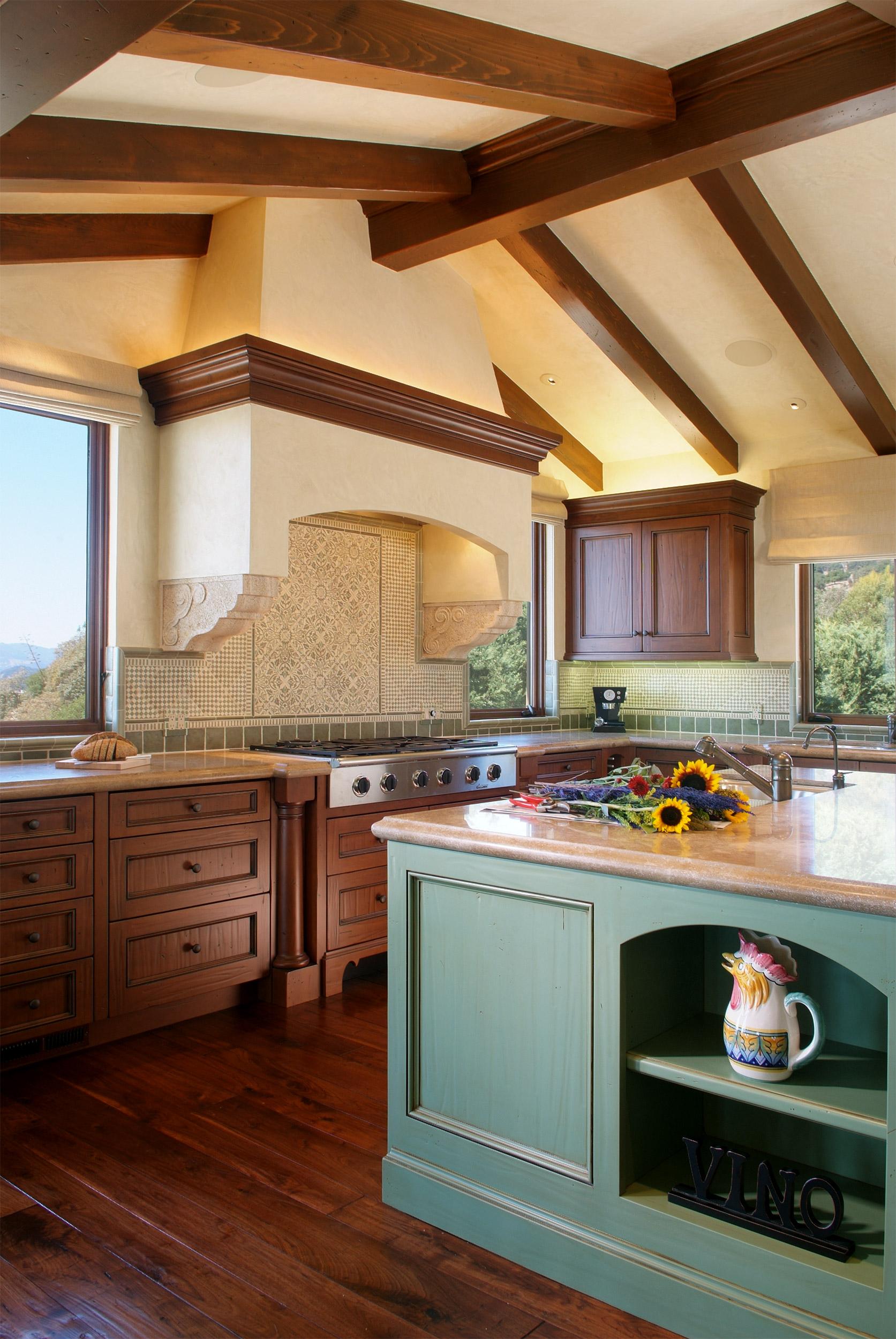 Napa_Valley_Italian_Villa_kitchen_01.jpg