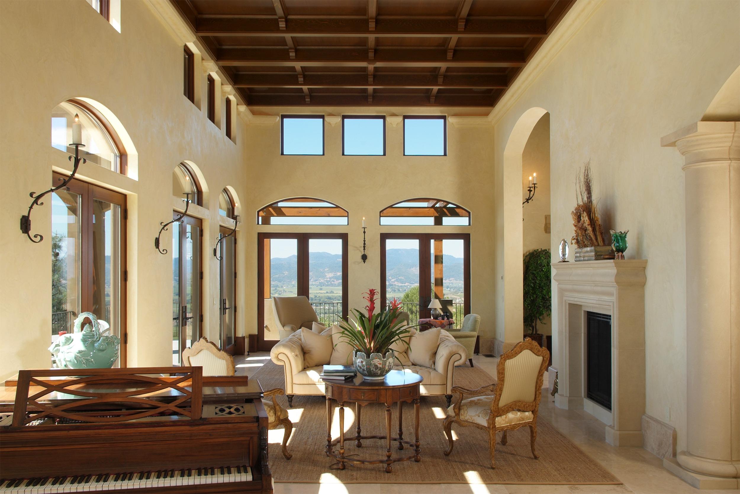 Napa_Valley_Italian_Villa_living_room_01.jpg