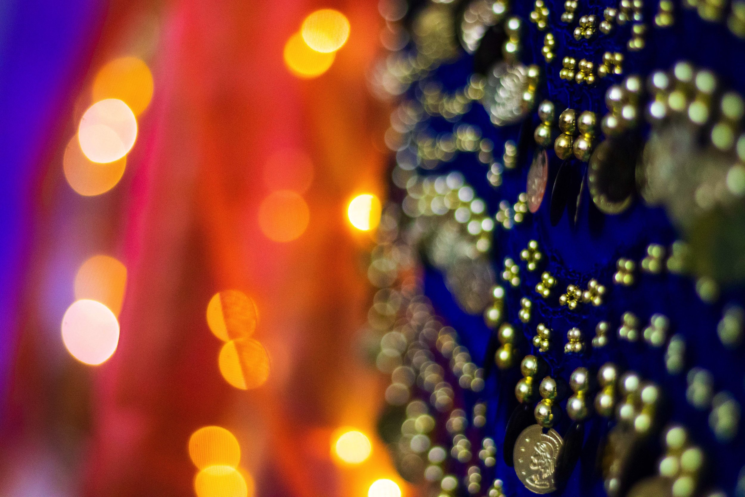 Arabian Nights - For the Princess dreaming of magic carpets, a genie in a bottle and a whole new world. Bright colors, exotics bunting, luxurious gold lamp, stunning fairy lights and much more!