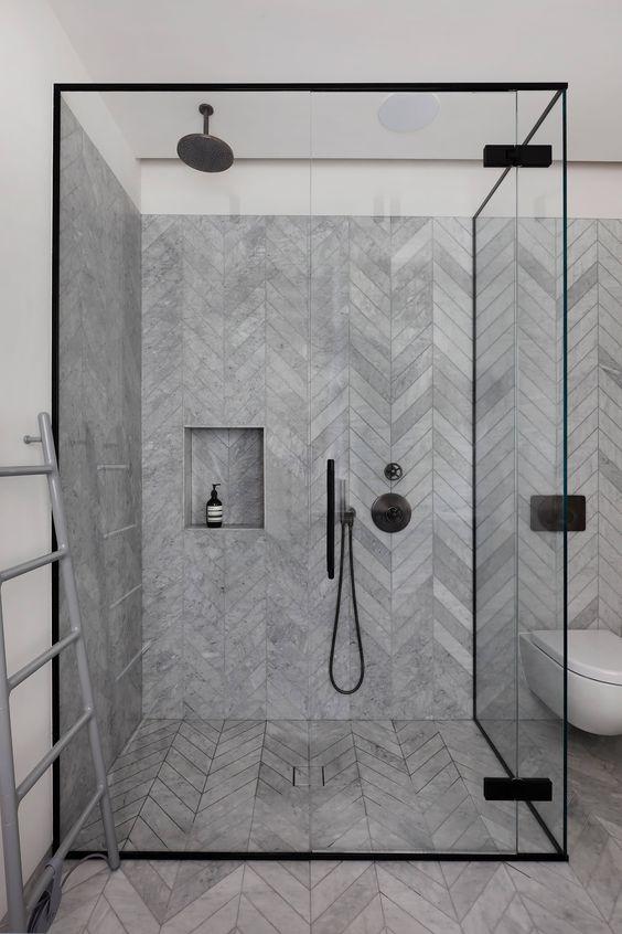 Banheiro Com Pedra Em Paginação Espinha De Peixe