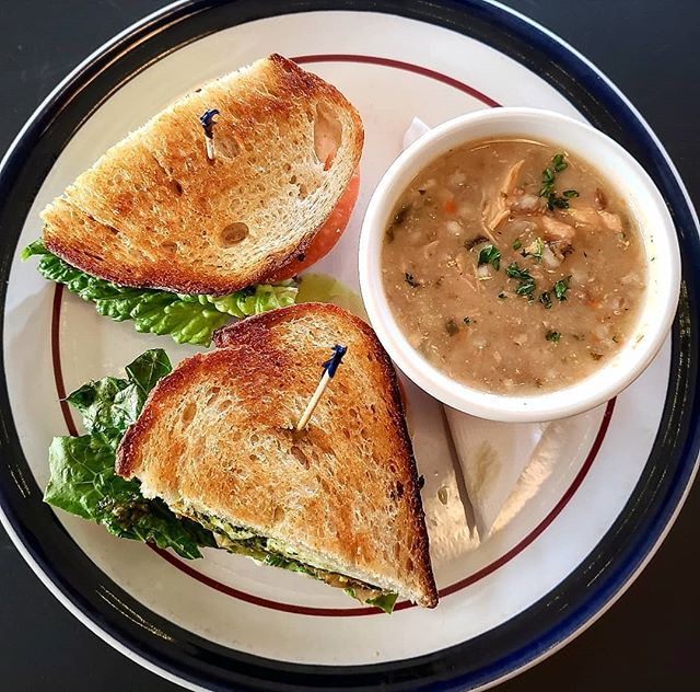 Its freezing outside ❄! You can always come in and warm up with our delicious homemade soup.. Grab a bowl by itself or substitute as a side for any of our tasty sandwiches. Guaranteed to warm your soul !