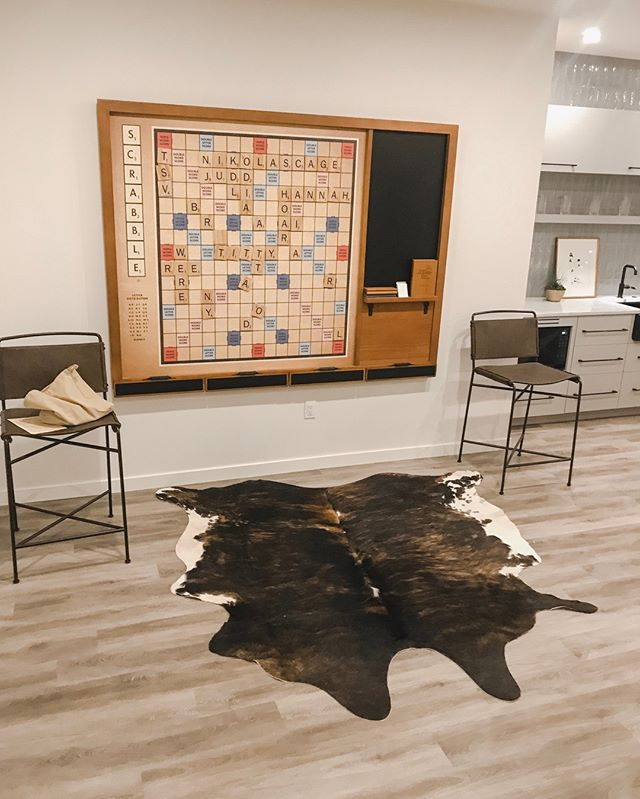 Family game night anyone?! one of our favorite games to play is scrabble as we are all competitive at heart 🙈 What is your favorite game to play? ☎️: 909.447.9473 📧: hello@dianaandariana.com 💻: DianaAndAriana.com  #diananariana #calamericanhomes #bestofhome #realtorsofinstagram #familygamenight #gamenight #realtorstyle #oneroomchallenge #smmakelifebeautiful #scrabblegame #ltkhome #rachelparcell #realestatebrokers #milliondollarhome #listingoftheday  #betterhomesandgardens #housebeautiful #chippywhite #dreamhome #homesearch #simplystyleyourspace #smmakelifebeautiful #myhousebeautiful #howyouhome #inmydomaine #houseandhome #smpliving #hometohave #smallspacesquad #walltowallstyle