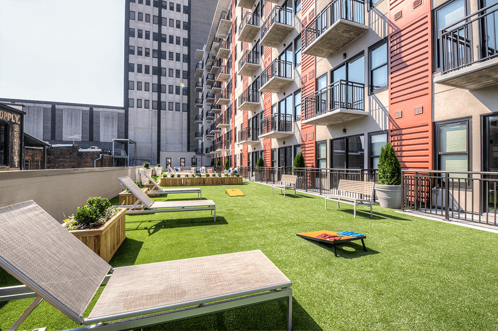 Outdoor Rooftop Terrace area on 4th Floor