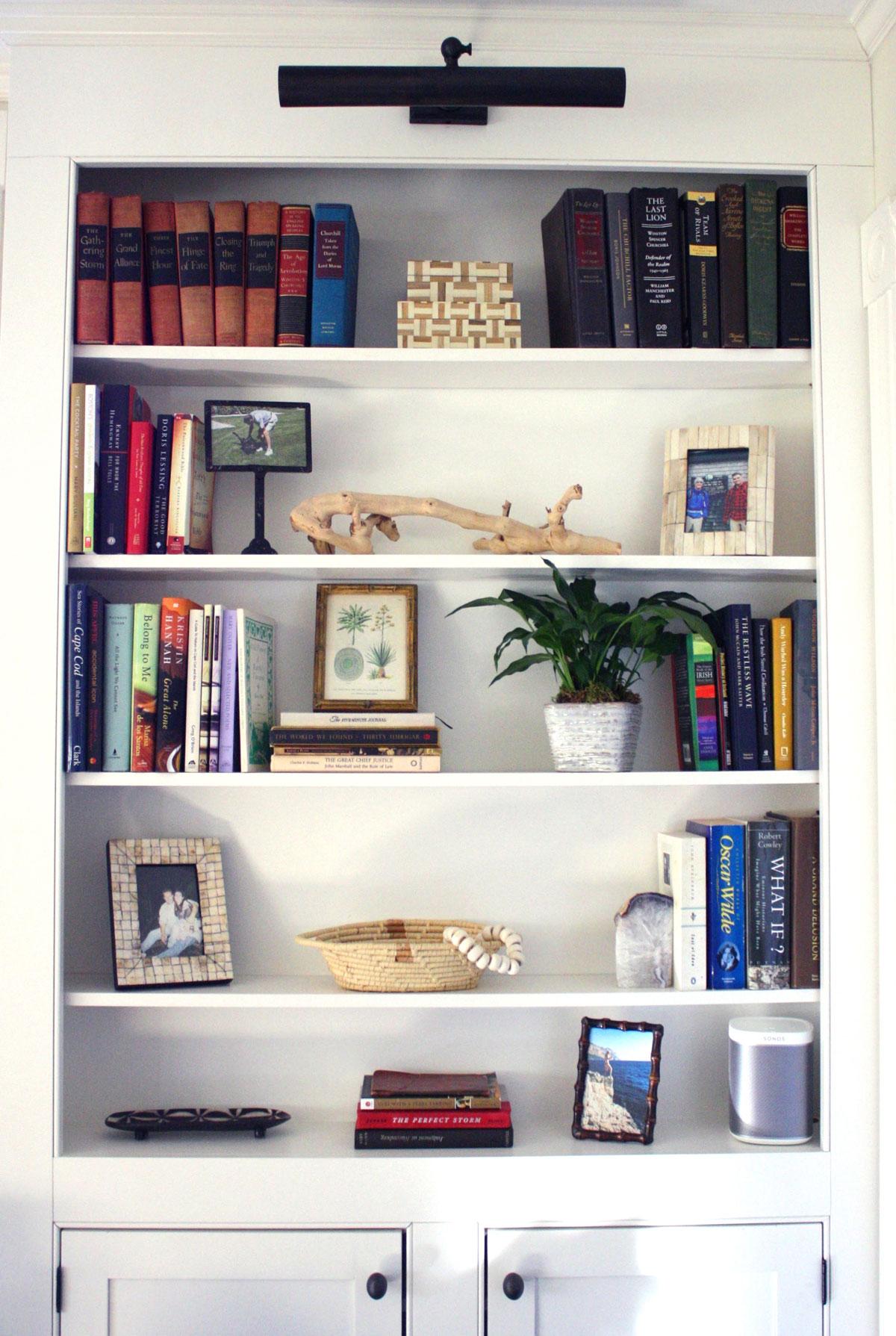 E_Lawler_Color_Consulting_Interior_Decorating_Cape_Cod_Bookshelf2.jpg