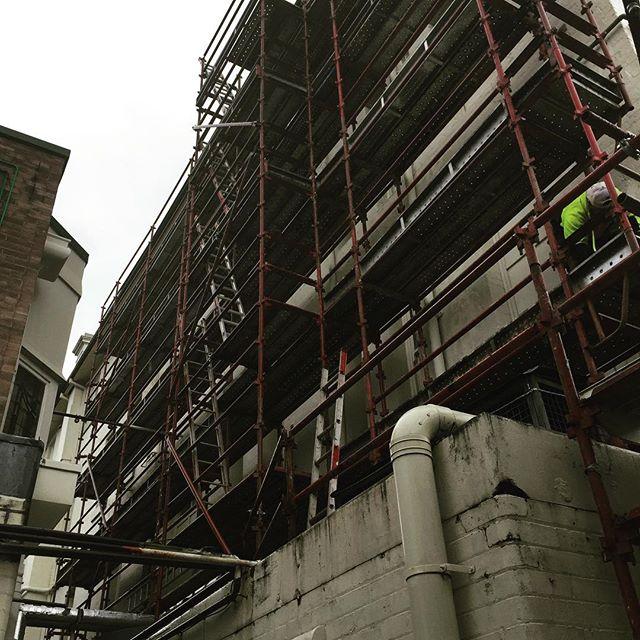 Carrington Hotel at Katoomba. . .  #ABCscaffolds #scaffolds #scaffoldwork #scaffolding #scaffoldhire #construction #building #built #scaffoldbuilder #loveyourjob #hardwork #scaffy #sydneybuilder #sydney #commercial #commercialbuilding #residential #residentialwork