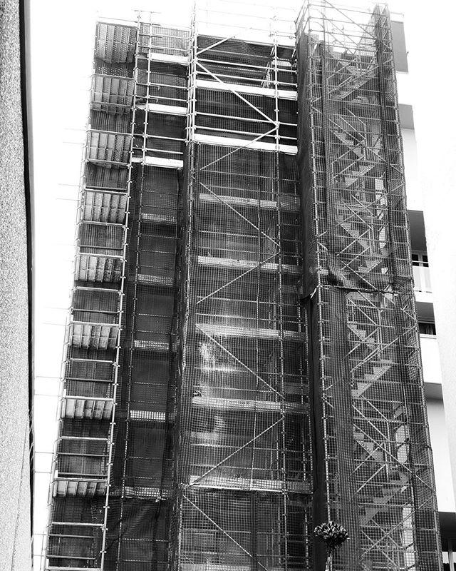 Remediation work for CRF. . . .  #ABCscaffolds #scaffolds #scaffoldwork #scaffolding #scaffoldhire #construction #building #built #scaffoldbuilder #loveyourjob #hardwork #scaffy #sydneybuilder #commercial #commericalconstructions #residential #residentialbuilder
