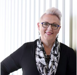 Michelle RedfernExecutive MBA - Finding a way to strengthen her business skills and boost her confidence happened simultaneously for Michelle Redfern when she began the Executive Master of Business Administration.