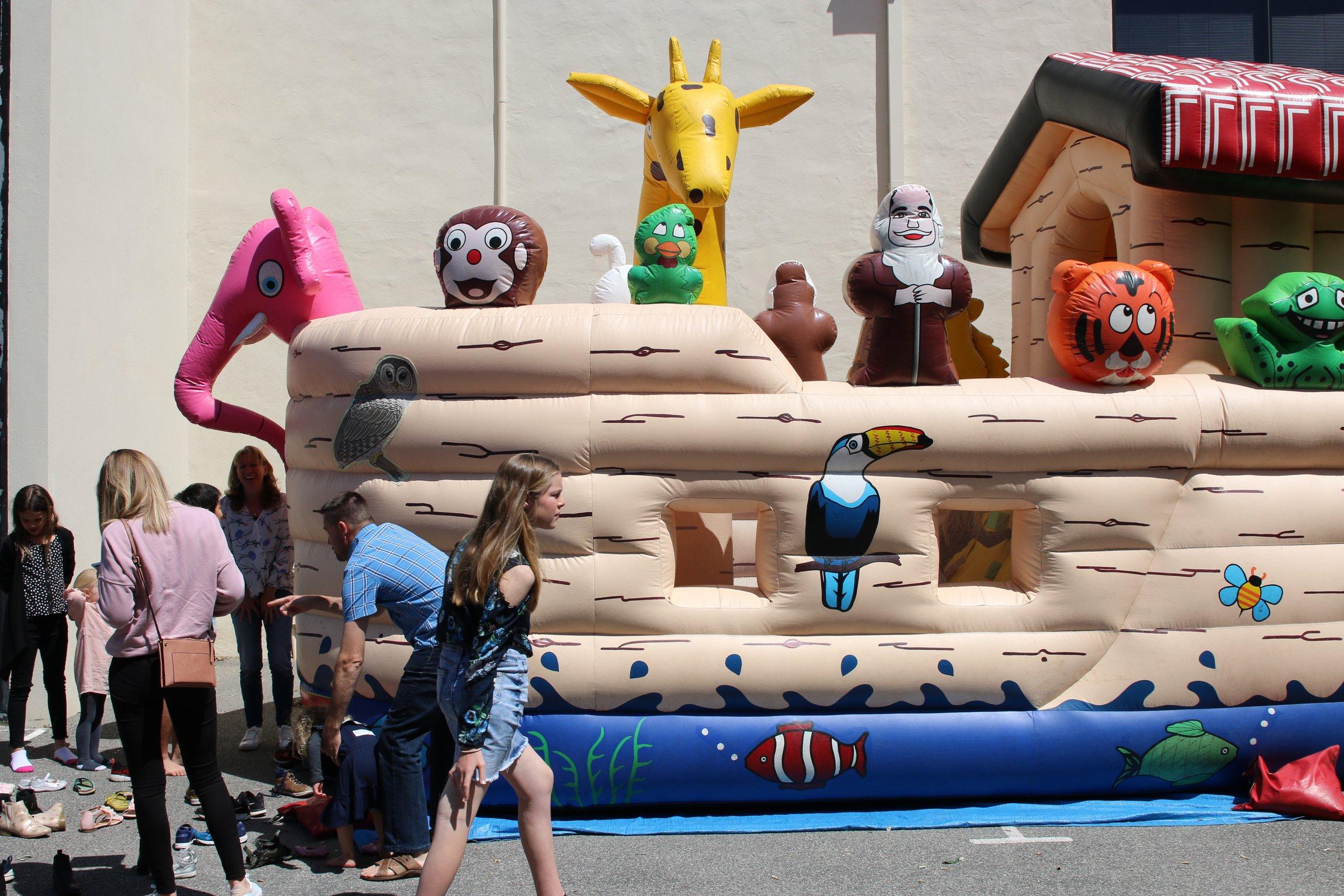 urban kids bouncry castle.jpg