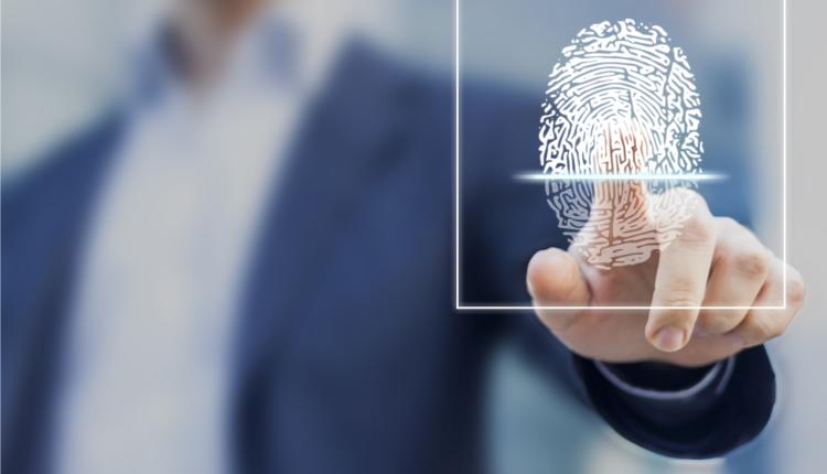 Biométrie sur les lieux de travail : la CNIL publie son règlement type.
