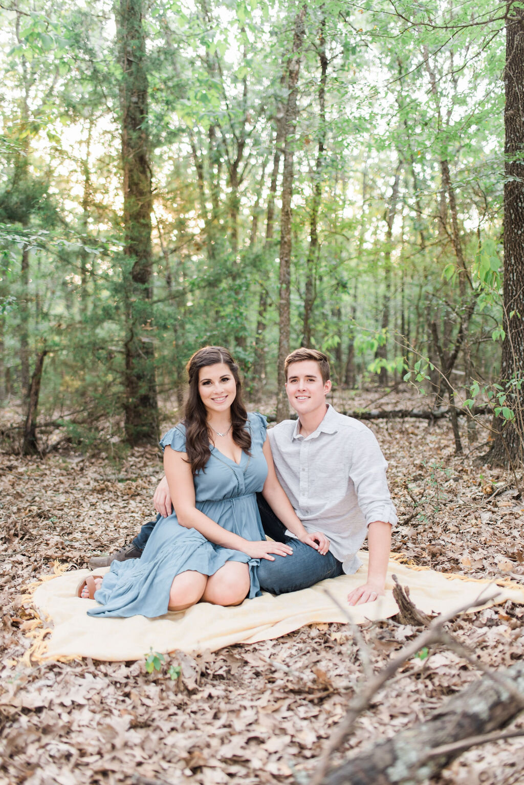 Anniversary Portraits at The White Sparrow Barn | Gray Door Photography