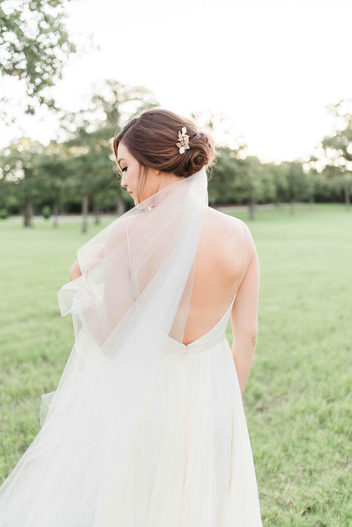 Heirloom Bridal Portraits at The Grove   Gray Door Photography   Dallas Wedding Photographer