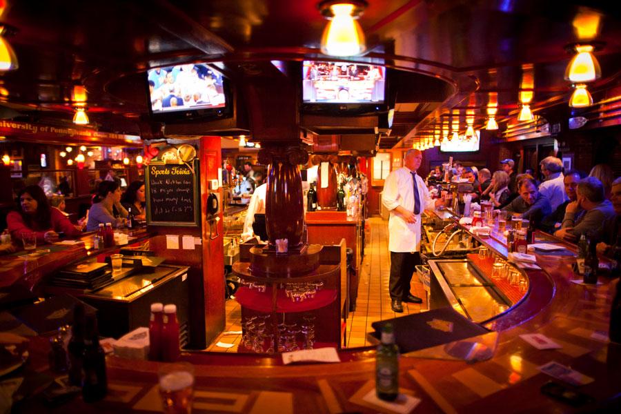 Fours-Quincy-Bar.jpg