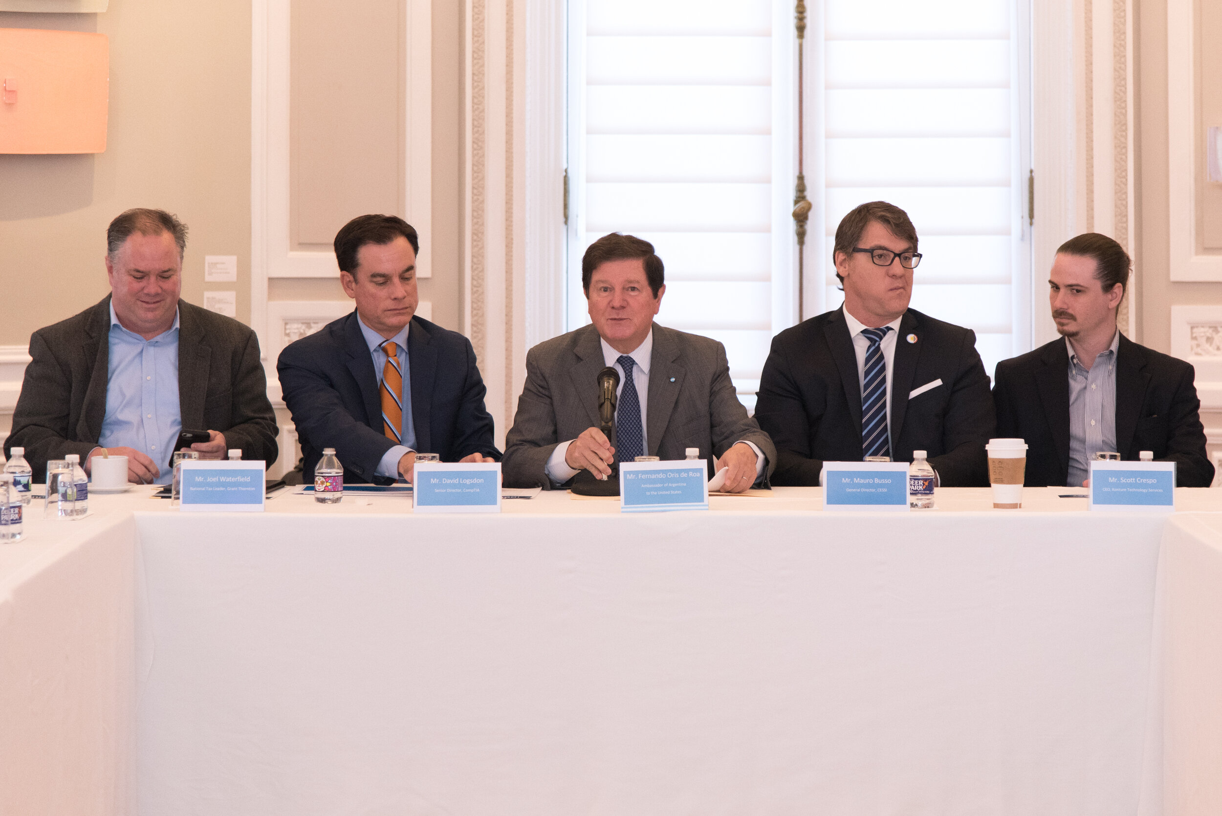 The Ambassador Fernando Oris de Roa providing opening remarks about the technology industry in Argentina.  Photo courtesy of the Argentinian Embassy.