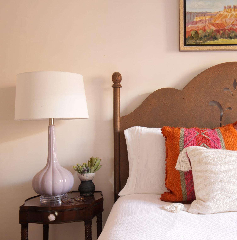 Guest+Bedroom+Design+Bedding+Interiors+Art