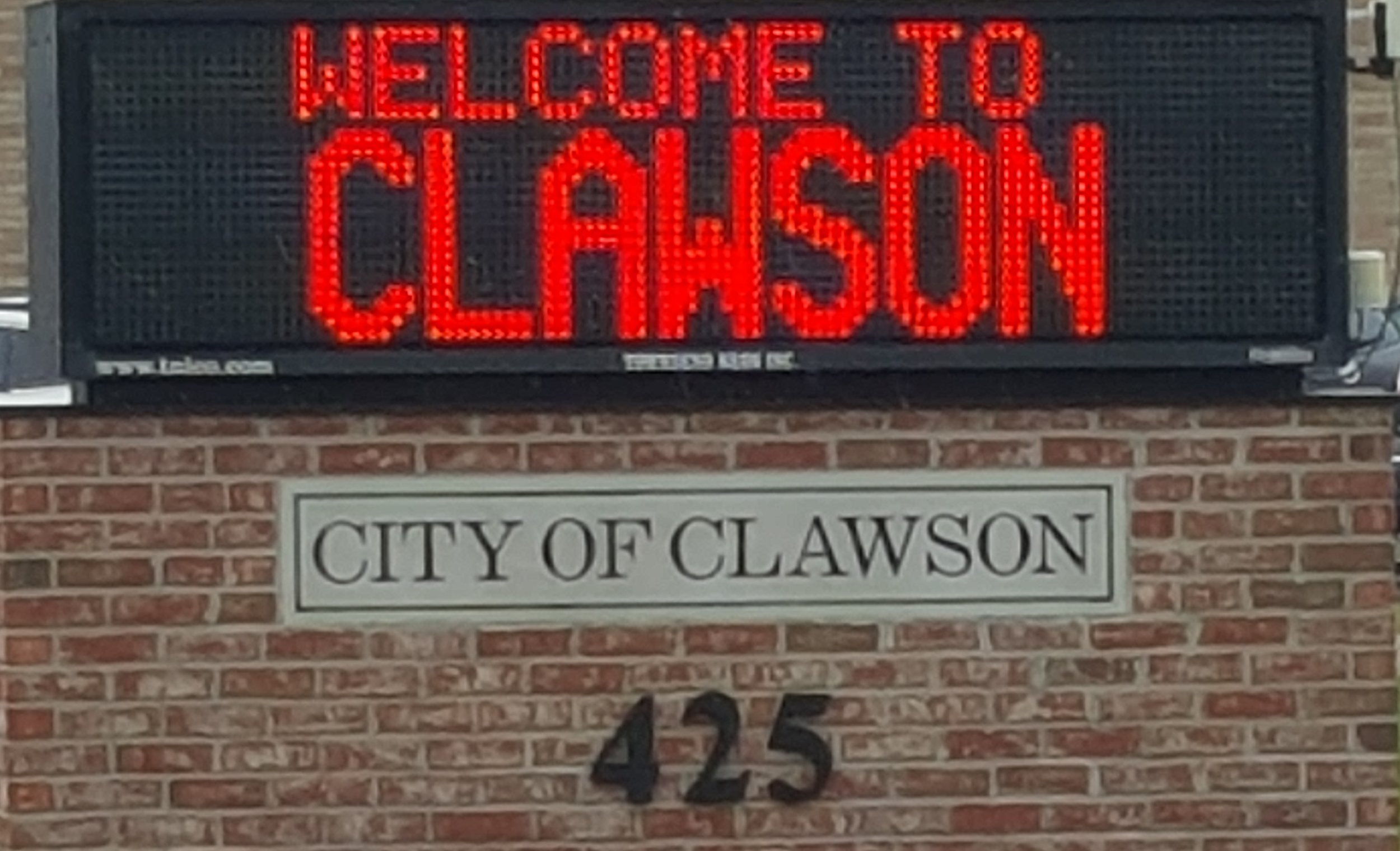 About - Our vision as the Clawson Chamber of Commerce is to be an innovative, trusted and respected business advocate that drives both economic and social growth as well as improvement on behalf of, and in support of, our members and the local community.