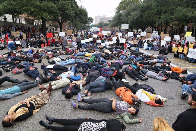 2014-12-05_Garner_Protest_Marshall.Tidrick51177.jpg