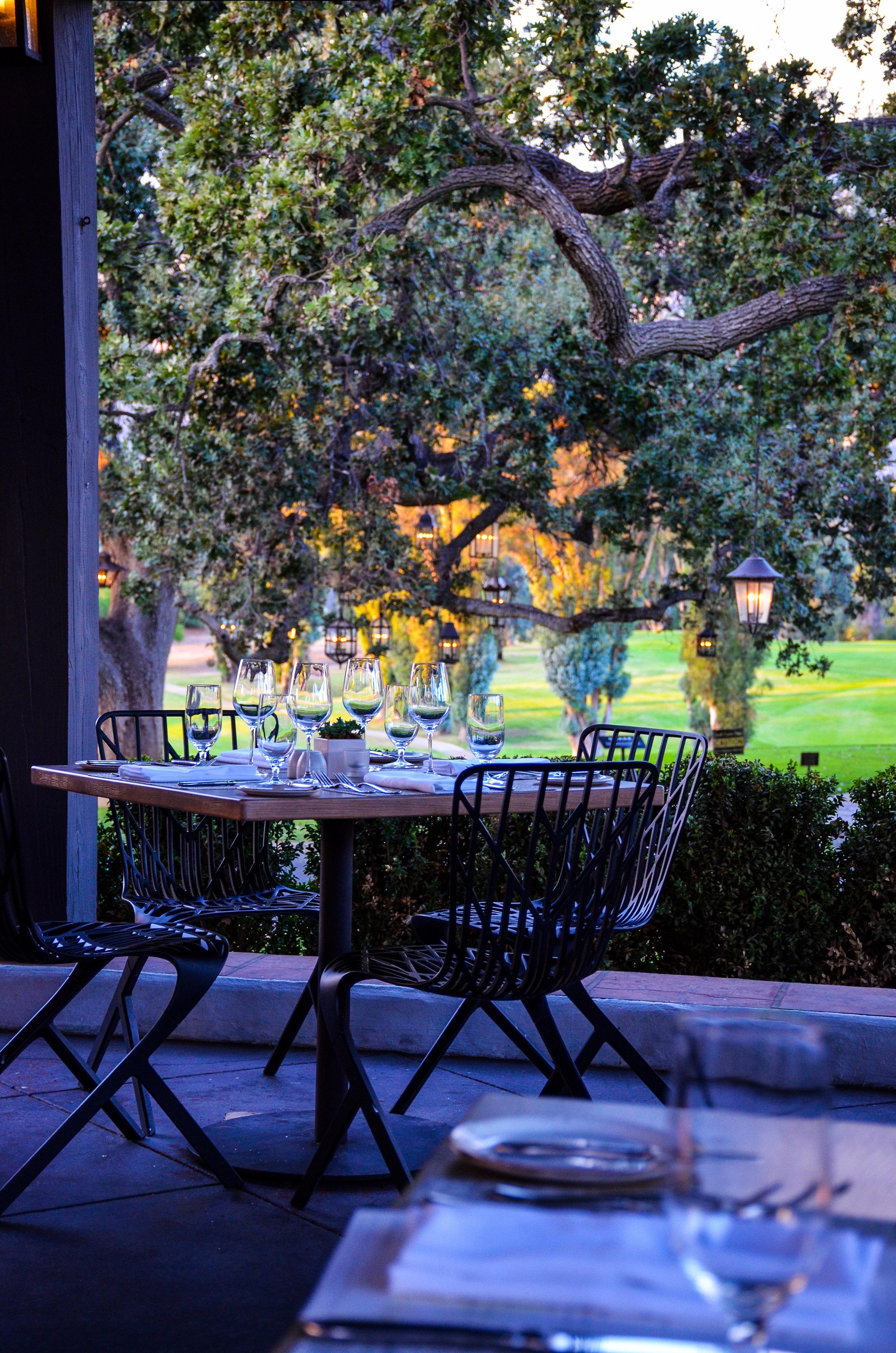 Ojai-Valley-Inn-Dining-The-Oak-2.jpg