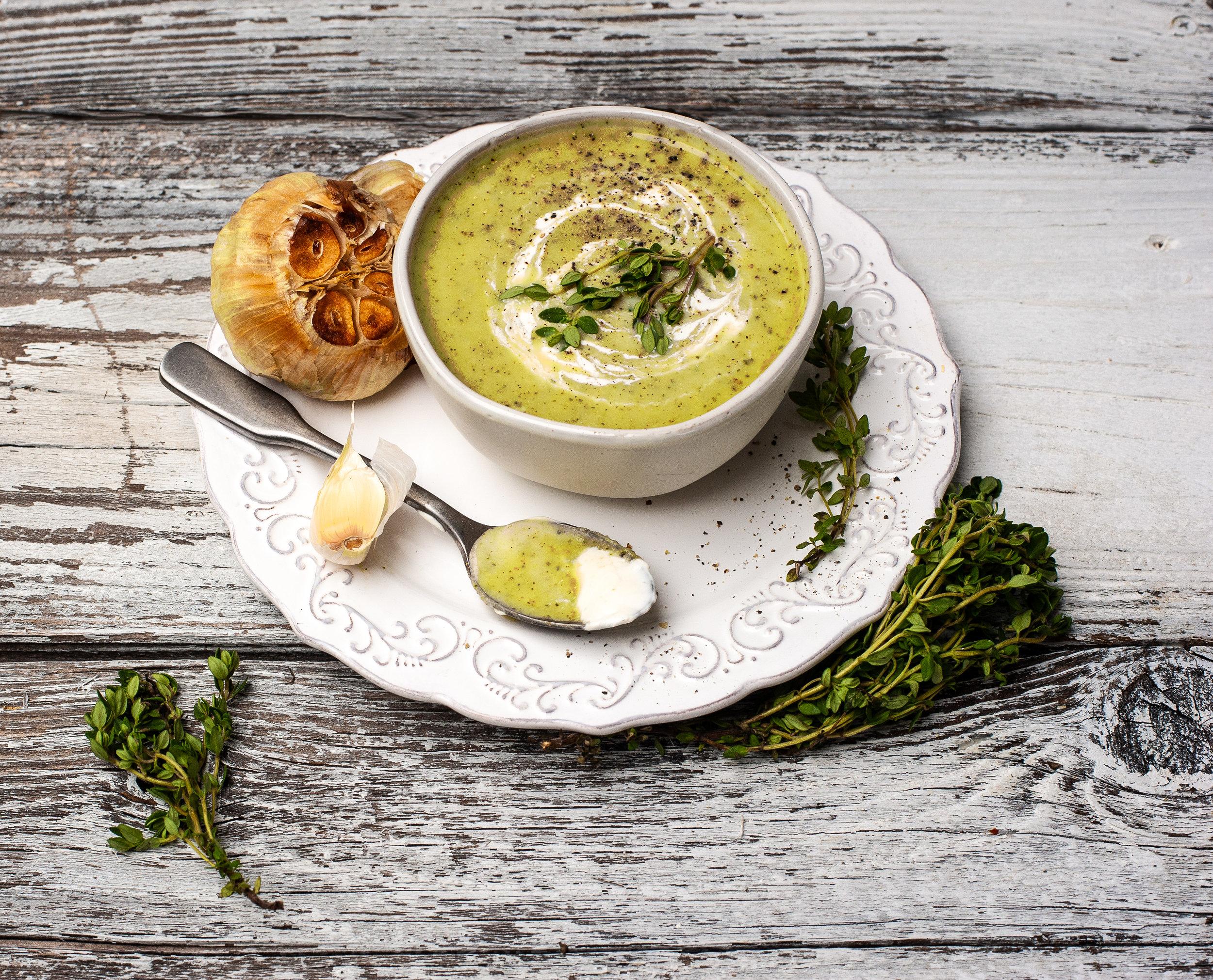 OATLY-Creamy-Zucchini-Soup-Bowl-Garlic-Oat-Cream-2.jpg