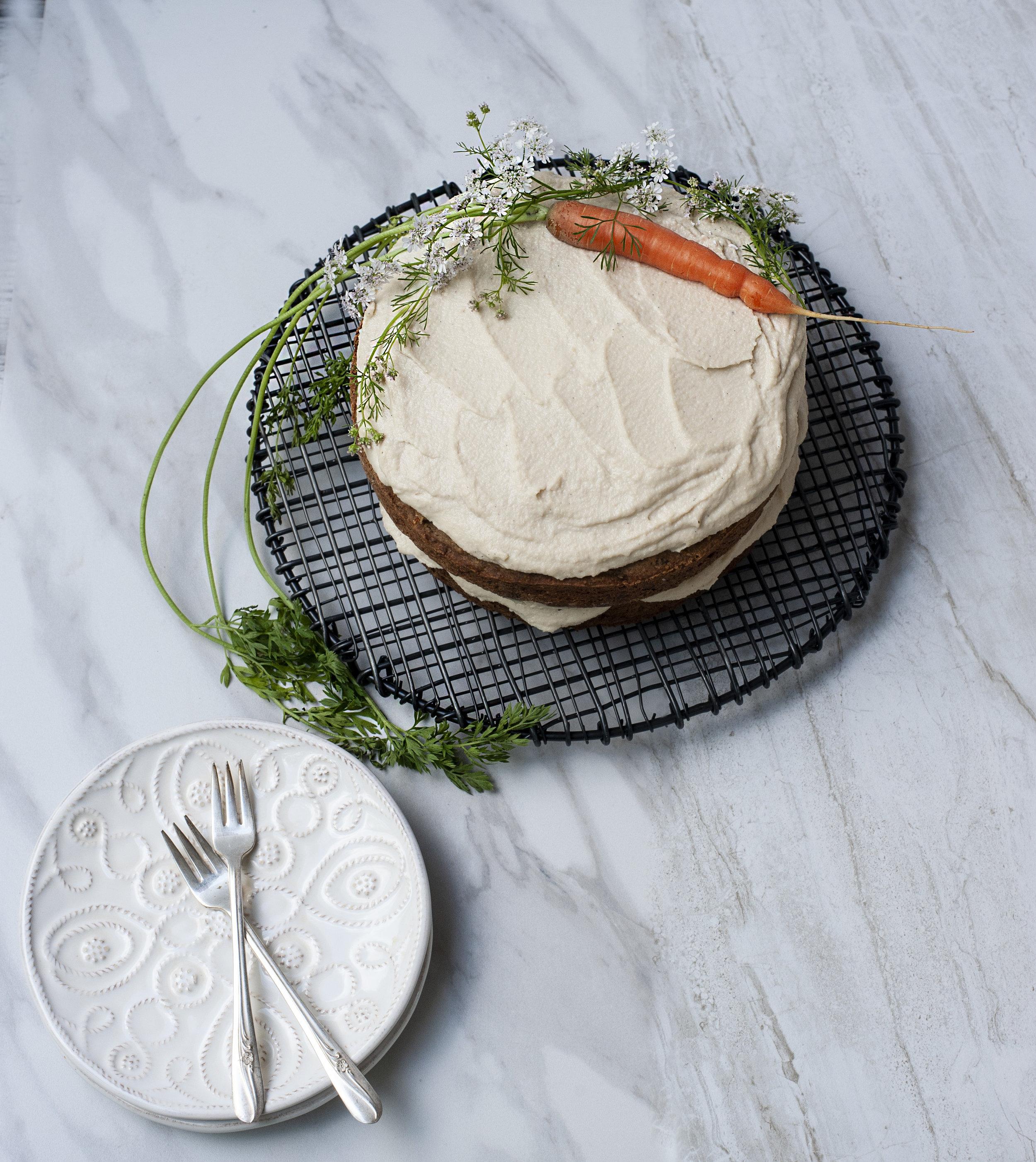 OATLY-CARROT-CAKE-OATCREAM.jpg