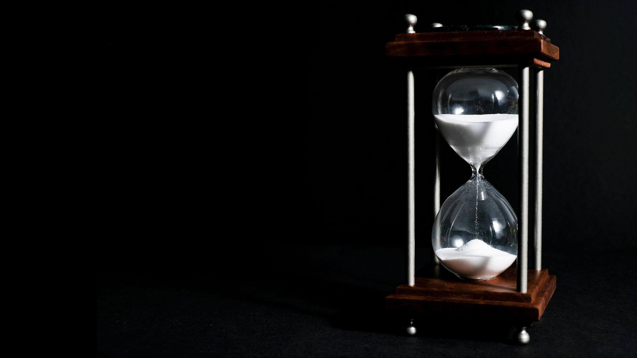 BRENDOVI     Pitanje:  Koliko Je Sati?  Odgovor:  Sada.