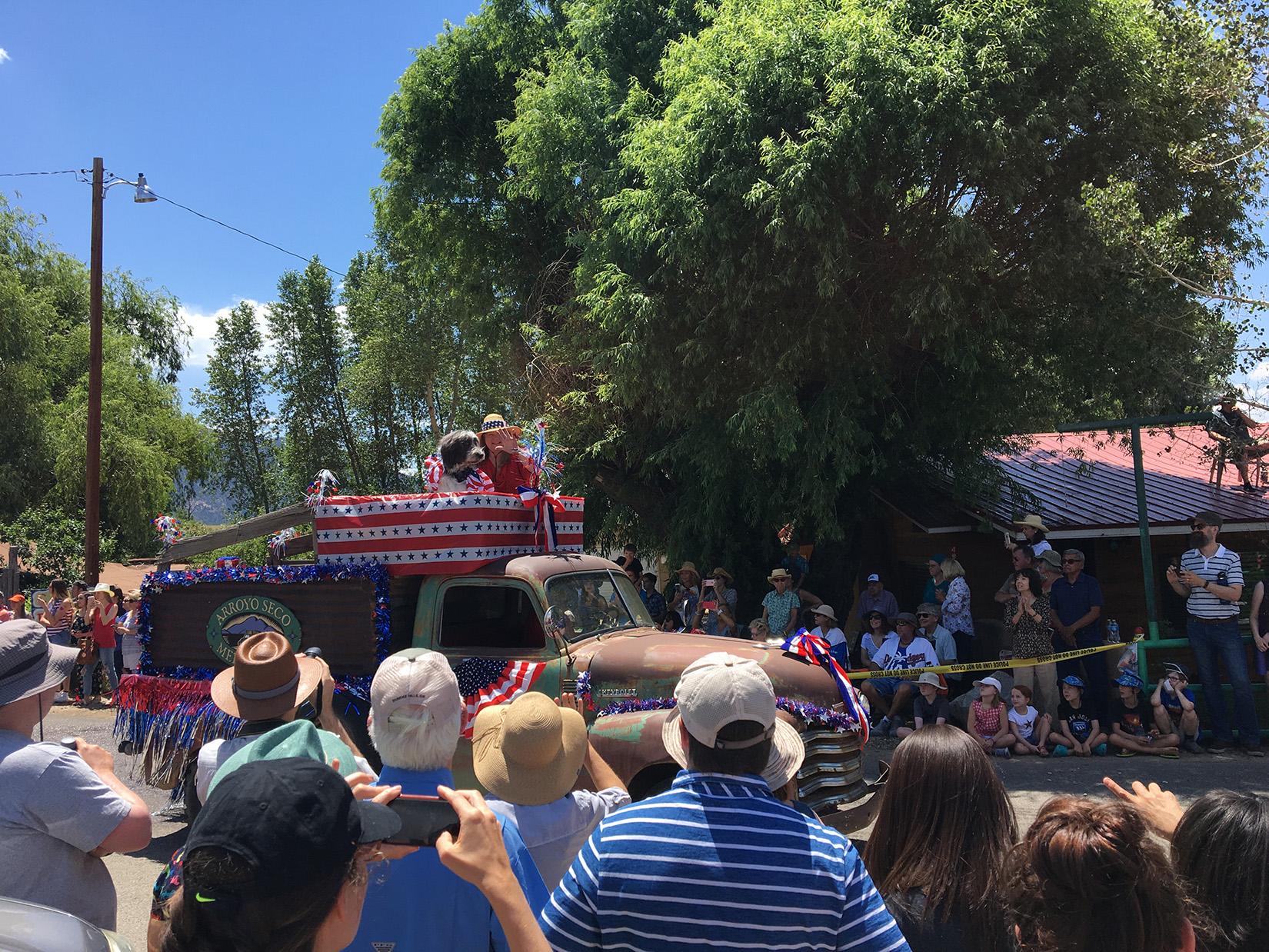4thofJuly_parade_Arroyo_Seco.jpg