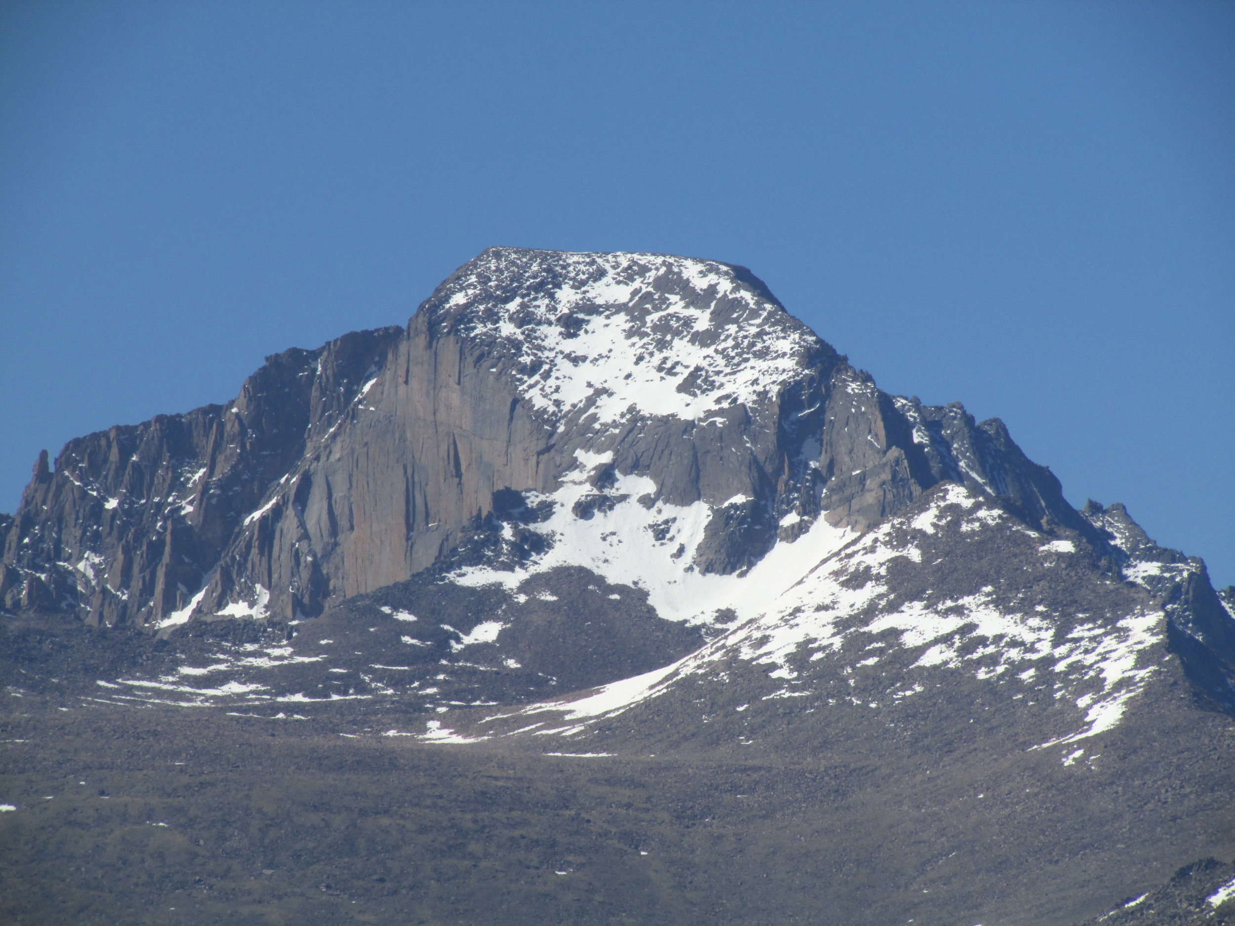 The original shot of Long's Peak from 2014, Canon SX-500IS, 91mm, ISO100, 1/400, f/8