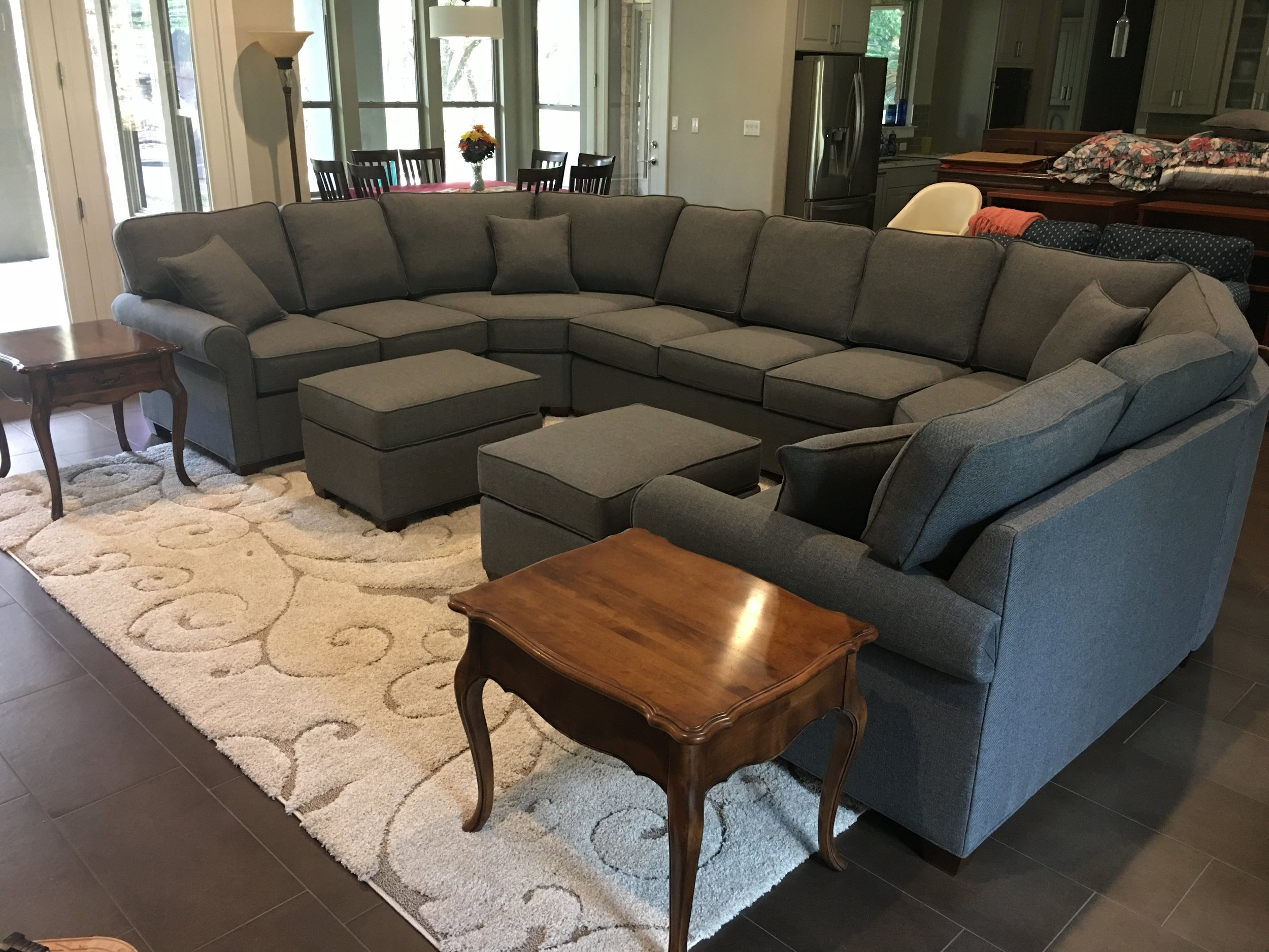 Custom Sofas And Sectionals