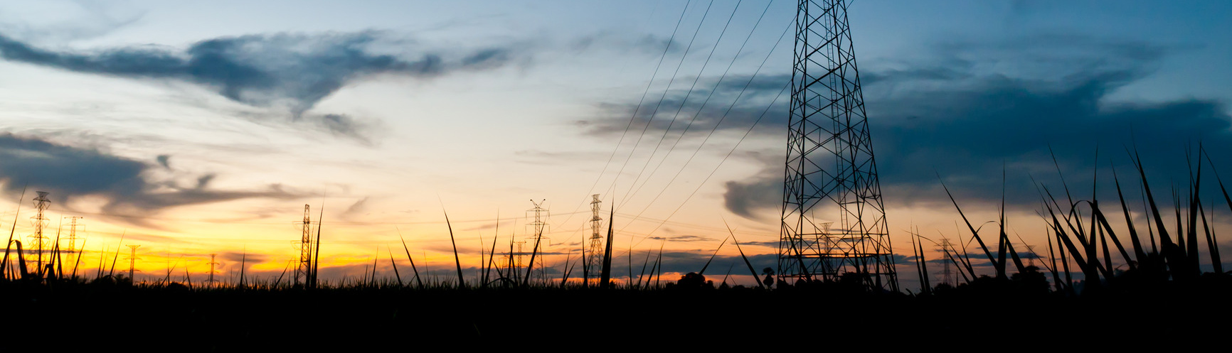 electricity_poles_in_twilight_time_m2.jpg
