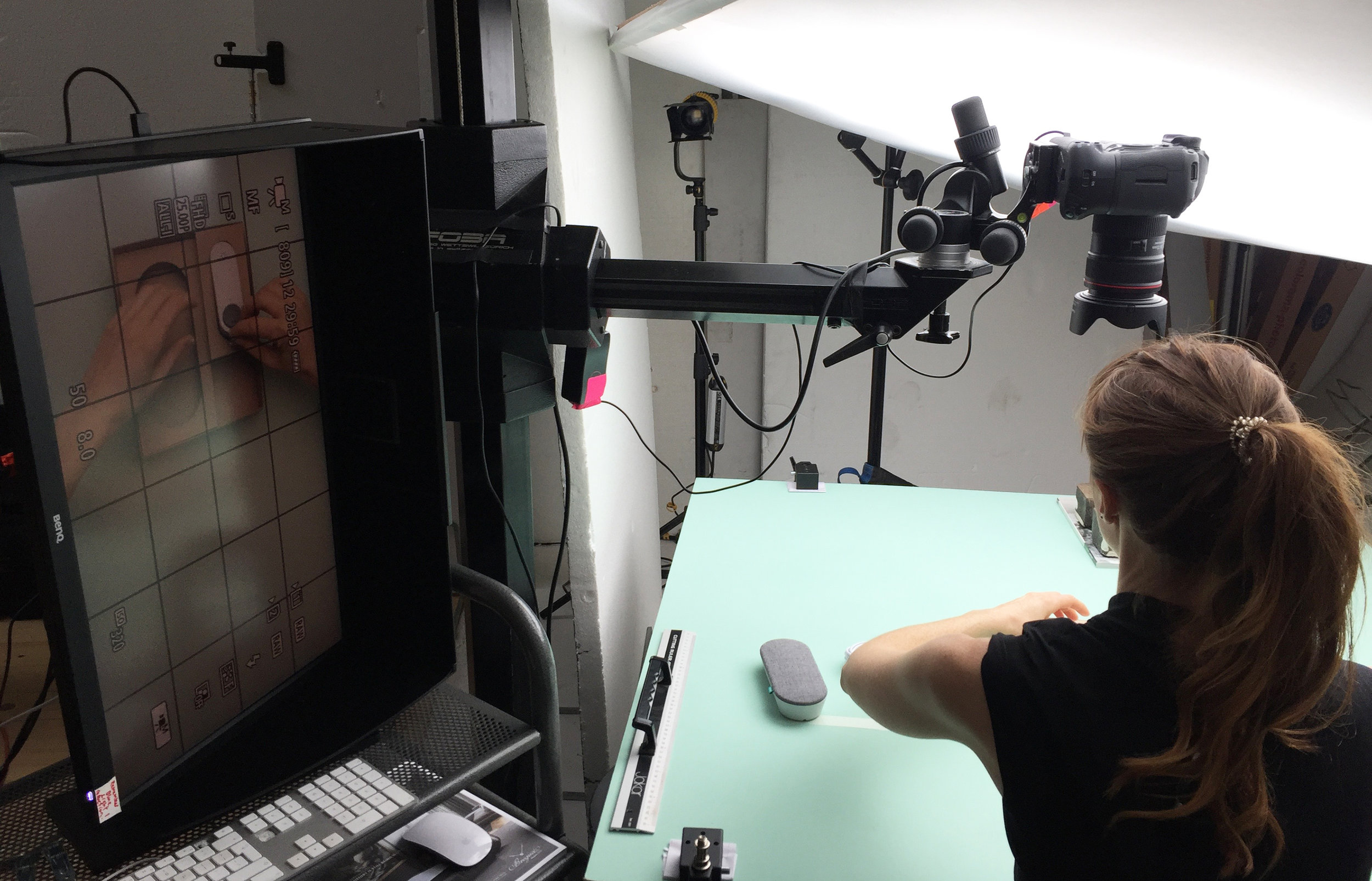 hand interaction shoot 3.jpg
