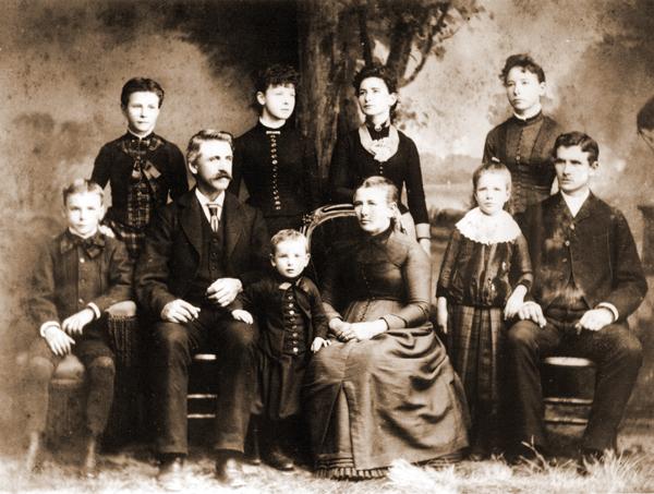 harvey & Elizabeth swickard and children