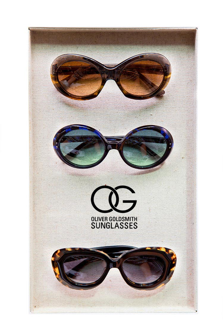 Oliver goldsmith frames in a tray